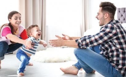 Cómo estimular a tu bebé para que aprenda a caminar