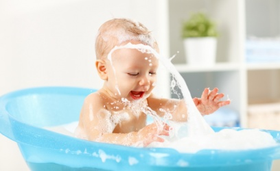 Tips para bañar a tu bebé